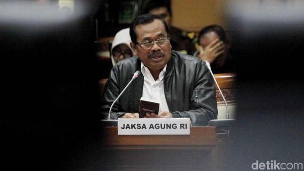 Jokowi Pastikan Jaksa Agung Bukan dari Parpol!