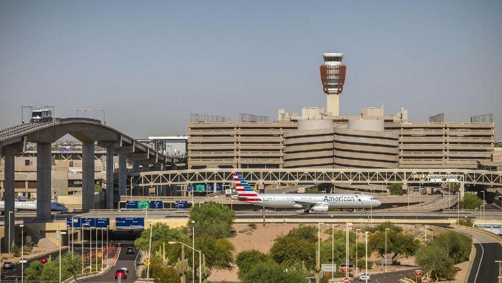 Aktifkan Perosotan Darurat, Penumpang Menyelinap ke Terminal Bandara