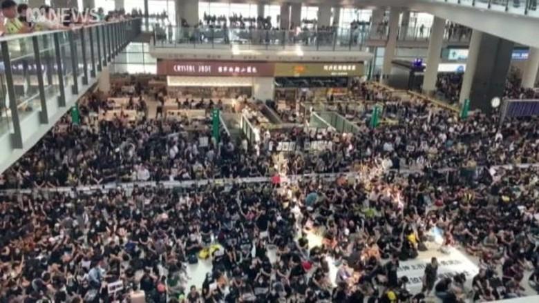 Pemerintah RI Didesak Hentikan Sementara Pengiriman TKI ke Hong Kong