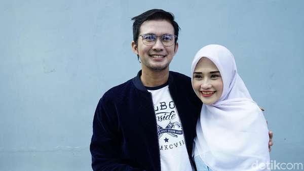 Mandala Shoji dan Istri yang Kian Mesra Usai Ujian