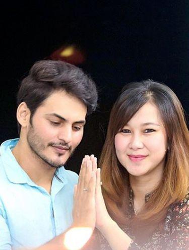 Ravi Bhatia dan istri.