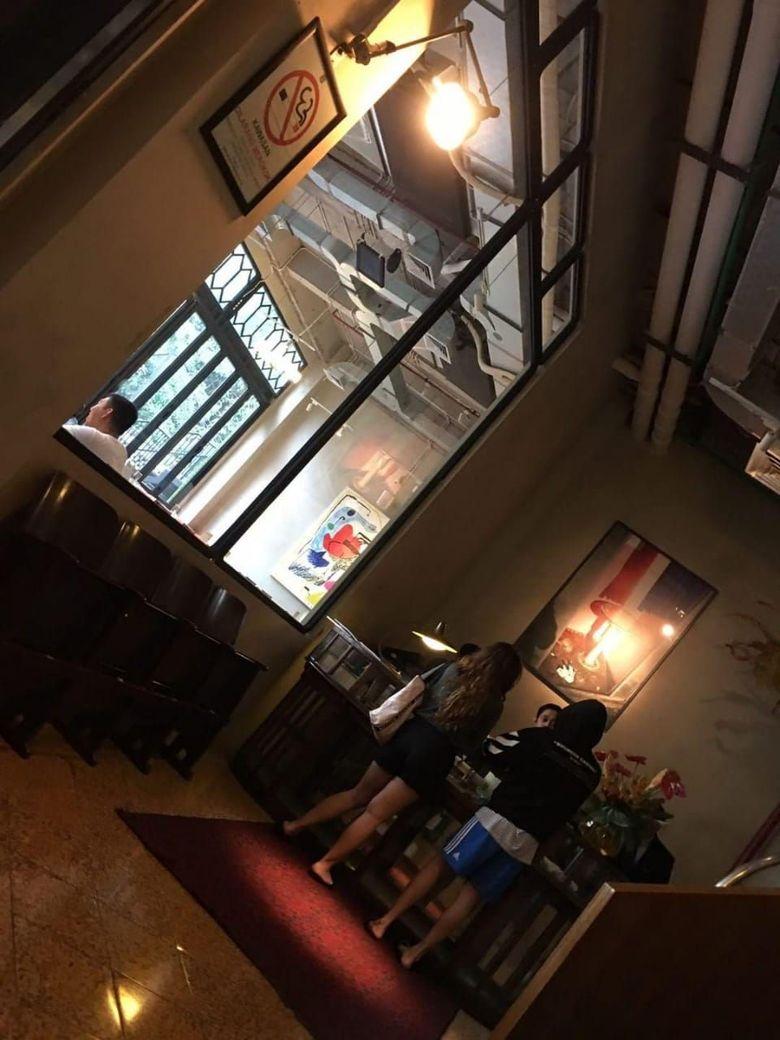 Baru-baru ini heboh foto yang diduga Bastian Steel dan Shafa Harris tengah check in di sebuah hotel. Dok.Ist