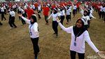 Melihat Tarian Kolosal Indonesia Bekerja yang Pecahkan Rekor MURI