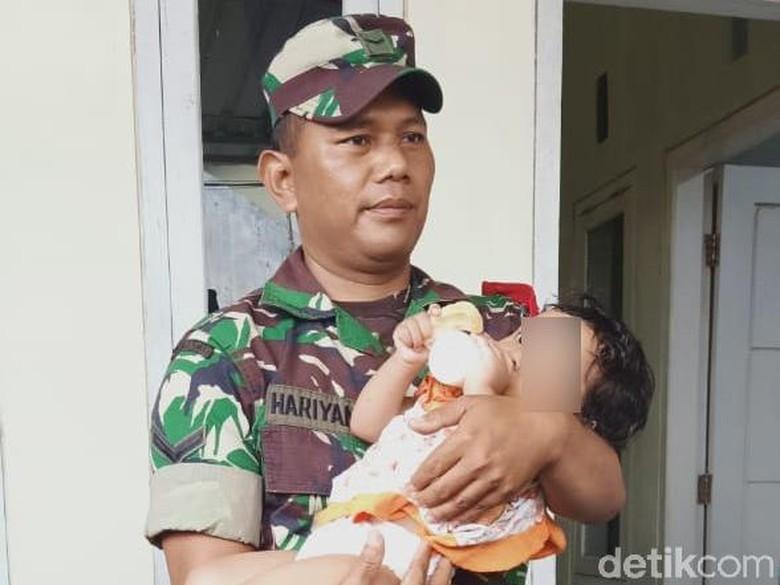 Seorang Balita Tunggui Ayahnya yang Meninggal Selama 3 Hari