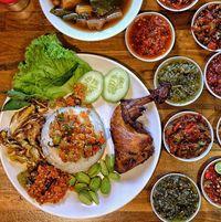 Huaah! Berasal Dari Peru, Kini Cabai Jadi Bumbu Makanan Kekinian Super Pedas
