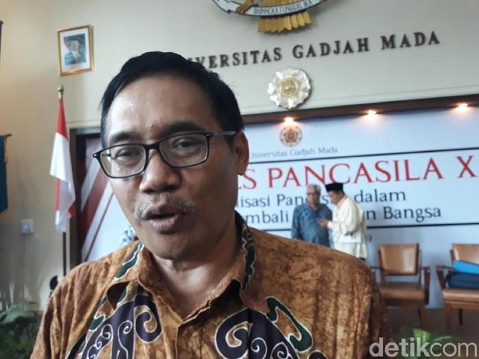 Plt Ketua Badan Pembinaan Ideologi Pancasila (BPIP) Hariyono di Balai Senat UGM.