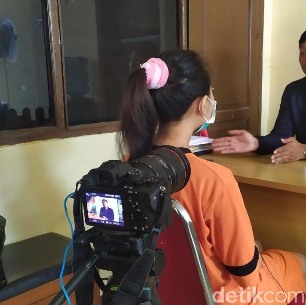 Terungkap! Biduan Dangdut Rela Seks Gangbang Demi Duit