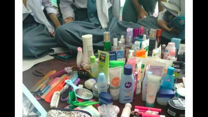 Gambar yang disebut razia skincare dan makeup oleh OSIS. (Foto: Tangkapan layar Twitter)