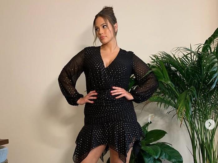 Ashley Graham, model yang hamil usai 9 tahun menikah.