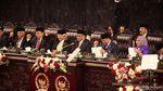 Potret Jokowi Berbaju Adat Sasak Saat Pidato Kenegaraan