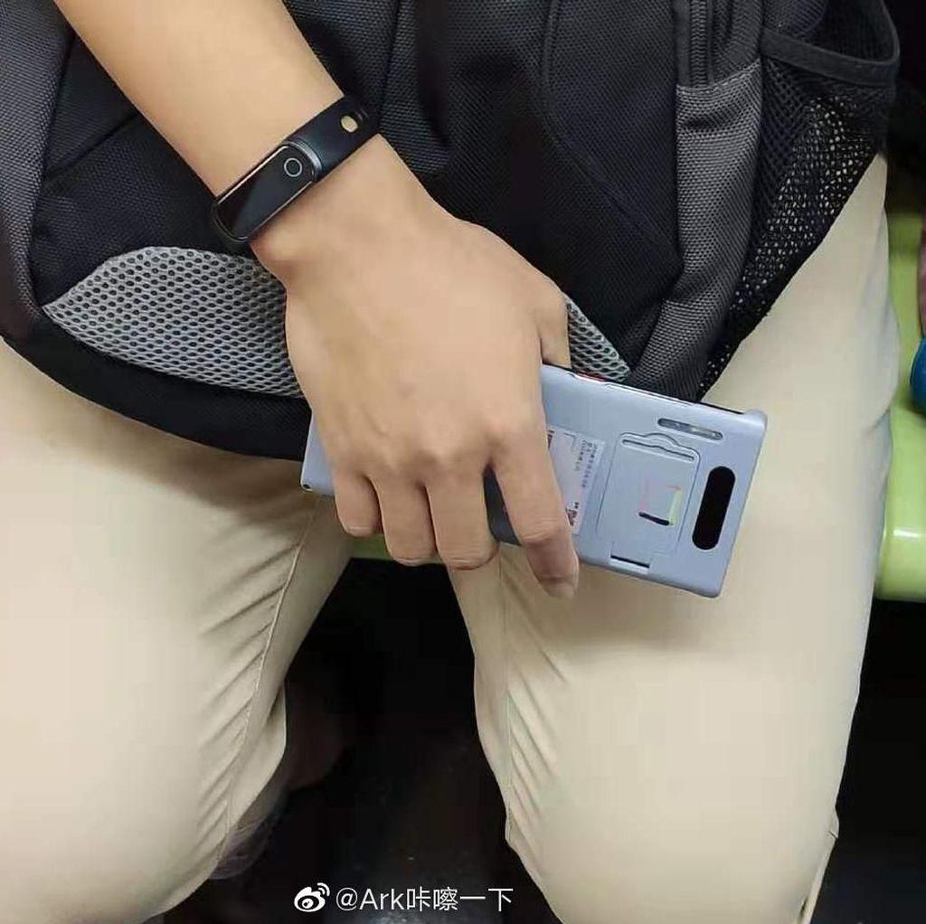 Huawei Cari Cara untuk Pasang Android di Mate 30