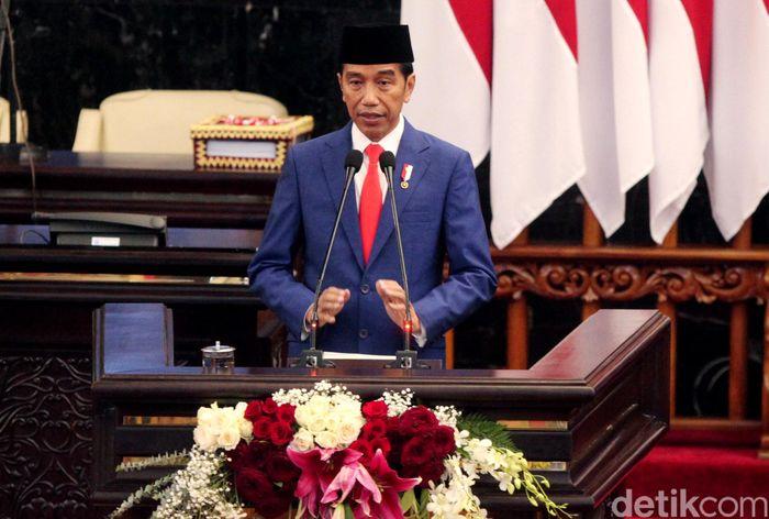 Menurut Jokowi pemindahan ibu kota ke luar jawa merupakan upaya untuk mengurangi ketimpangan antara Jawa dan Luar Jawa.