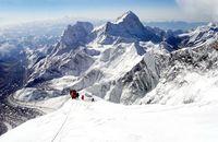 Pendakian ke Puncak Everest