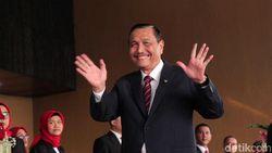 Menteri Bakal Dapat Mobil Baru, Luhut: Sudah Mogok Beberapa Kali