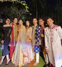 Artis di pernikahan anak Raam Punjabi.
