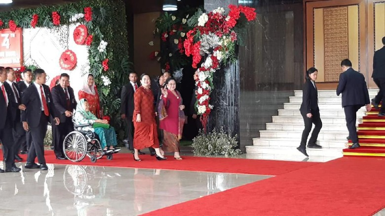 Megawati-Sinta Nuriyah Wahid Ikuti Sidang Tahunan MPR