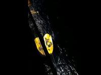 Penyelamatan yang dilakukan pihak kapal pesiar (Istimewa)
