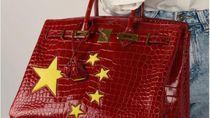 Mirip Bendera Negara China, Tas Hermes Birkin Dijual Rp 1,7 Miliar