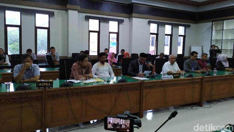 DPR Aceh Kecam Pemukulan Ketua Komisi I oleh Oknum Polisi Saat Demo