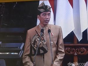 Intip Detil Baju Adat Sasak yang Dikenakan Jokowi