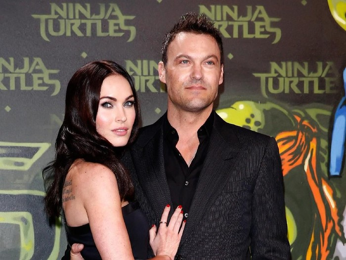 BERLIN, GERMANY - OCTOBER 05:  Megan Fox and husband Brian Austin Green attend the Underground Event Screening of Paramount Pictures TEENAGE MUTANT NINJA TURTLES at UFO Sound Studios on October 5, 2014 in Berlin, Germany.  (Photo by Andreas Rentz/Getty Images for Paramount Pictures International)