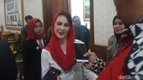 Apa Makna Kemerdekaan Bagi Arumi Bachsin?