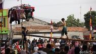 Satpol PP Imbau Warga yang Gelar Lomba 17-an di Jaktim Bubarkan Diri