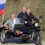 Putin Naik Moge Tanpa Helm, Ia Pun Digugat Warganya