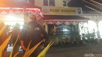 Pria yang Serang Polsek Wonokromo Menyerang Petugas dengan Celurit