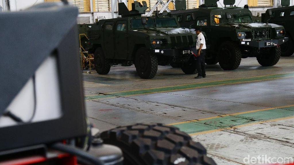 Indonesia Patut Bangga dengan Mobil Tempuar Buatannya Sendiri