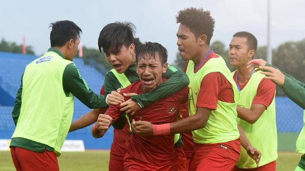 Timnas Indonesia U-18 sempat berbalik unggul 3-2 saat melawan Malaysia.