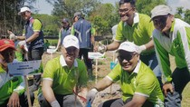 Pertamina Tanam 10.000 Pohon dan Serahkan CSR Rp 1,2 Miliar di Tuban