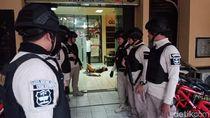 Serang Polsek Wonokromo, Seorang Pria Dilumpuhkan