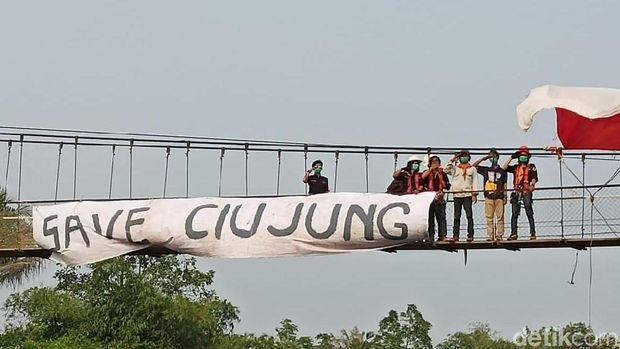 Mereka minta Pemprov Banten atasi pencemaran sungai