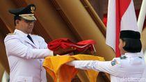 Momen Anies Baswedan Pimpin Upacara HUT RI di Pulau Reklamasi