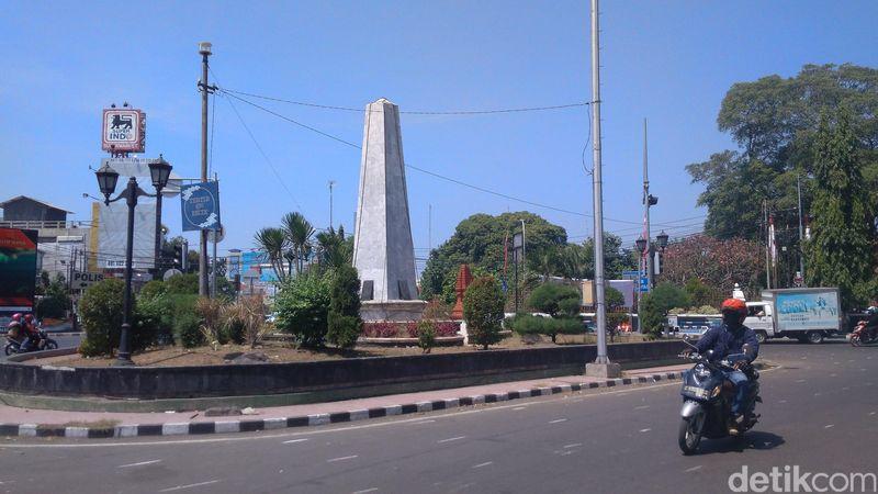 Sejarah mencatat, Cirebon merdeka lebih dulu dari Jakarta dengan Naskah Proklamasi dari Sjahrir. Tugu Proklamasi Cirebon jadi saksi sunyi peristiwa itu. (Sudirman Wamad/detikcom)
