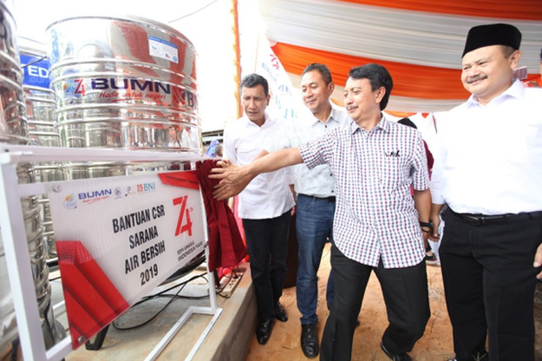 BNI, Pindad, & Dirgantara Indonesia Sediakan Air Bersih & Bedah Rumah