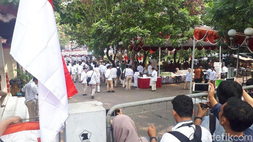 Prabowo Pimpin Upacara HUT Ke-74 RI di DPP Gerindra