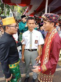 Koko sempat bertemu Menaker Hanif Dhakiri. (Foto: Dok. Istimewa)