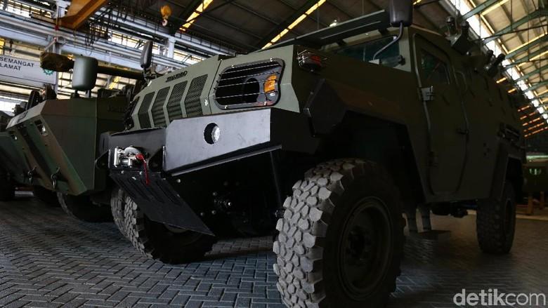 Kendaraan militer Pindad Foto: Dikhy Sasra