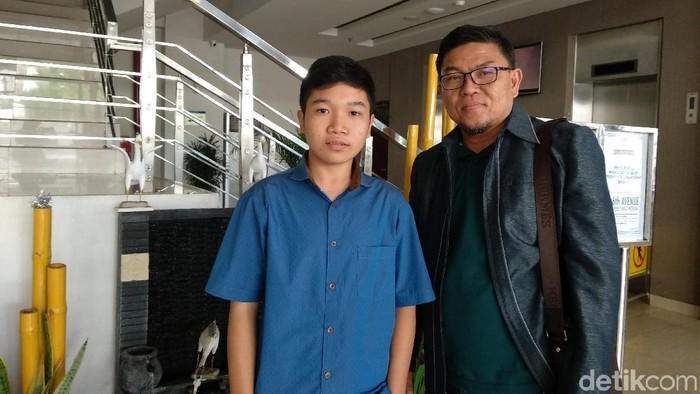 Yazid salah satu siswa SMAN 2 Palangkaraya, peneliti akar bajakah yang namanya lebih jarang disebut dibanding dua rekannya. (Foto: Michelle Natasya/detikHealth)
