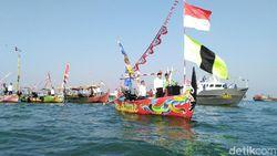 Senangnya Nelayan Diajak Upacara Kemerdekaan di Tengah Laut