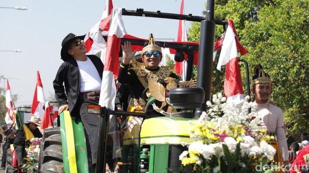 Melihat Pejabat Berkostum Wayang di Karnaval Kemerdekaan Sabilulungan