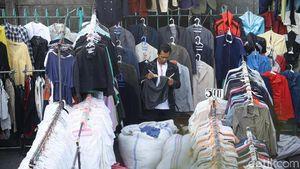 RI Banjir Impor Baju Bekas
