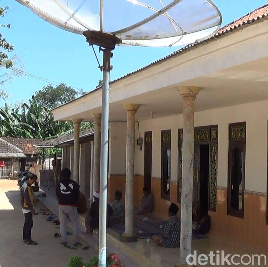 Pria Penyerang Polsek Wonokromo Sempat Pulang Antar Ortu Naik Haji