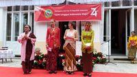 Pemenang lomba kebaya (dok. KBRI Praha)