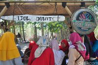 Tempat penukaran uang bambu (Akrom Hazami/detikcom)