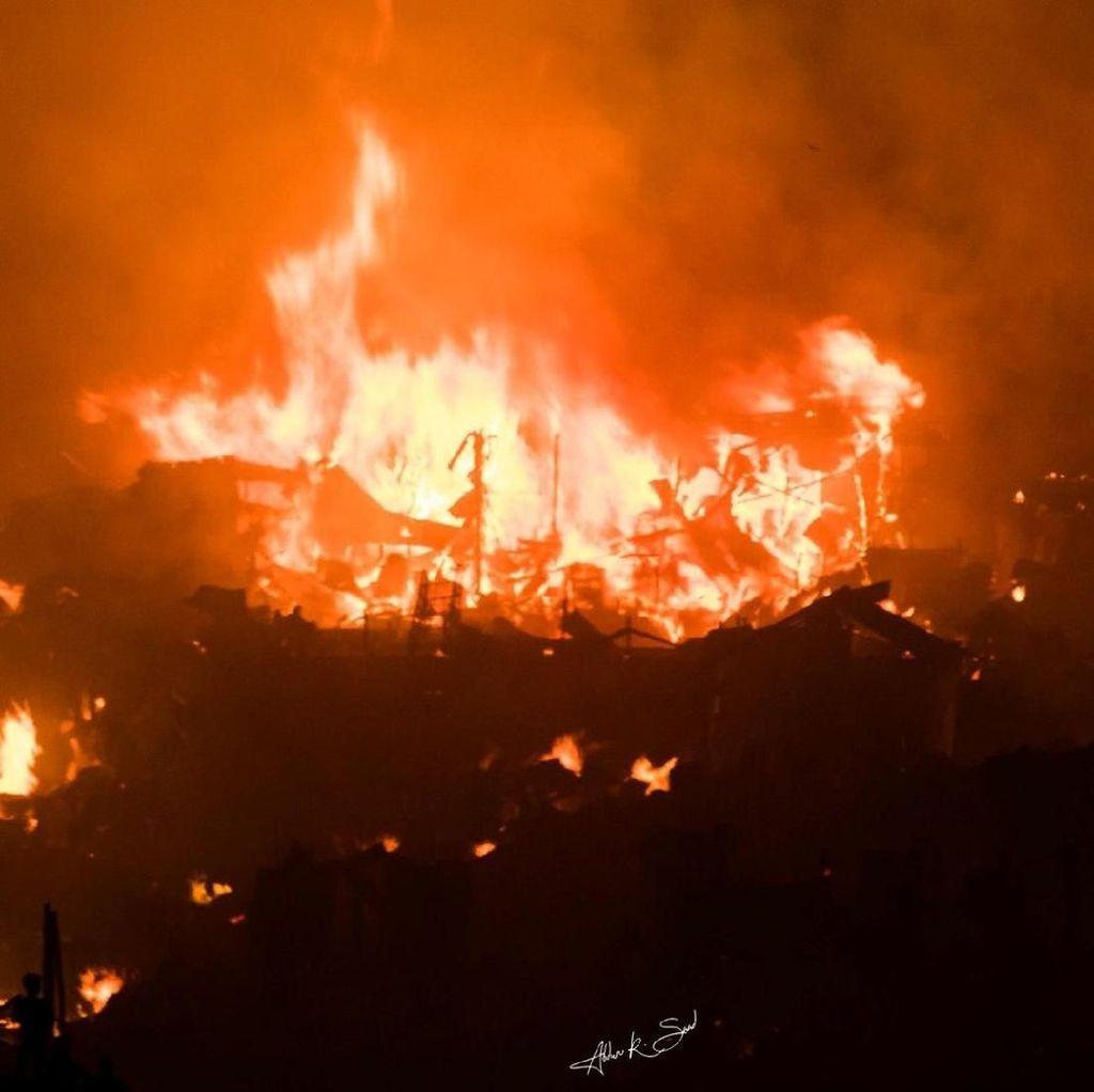 Potret 15.000 Rumah Hangus Akibat Kebakaran Hebat di Bangladesh