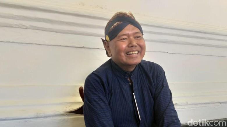 Abdi dalem Kraton Yogyakarta mainkan lagu nasional dalam rangka HUT ke-74 RI, Minggu (18/8/2019).