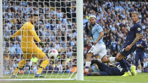 Adu Mulut dengan Aguero, Guardiola